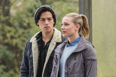 """Riverdale -- """"Chapter Six: Faster, Pussycats!"""" -- Image Number: -- Pictured (L-R): Cole Sprouse as Jughead Jones and Lili Reinhart as Betty Cooper -- Photo: Dean Buscher/The CW -- © 2017 The CW Network. All Rights Reservedpn Dylan O'brien, Dylan Sprouse, Cole Sprouse Hot, Cole Sprouse Funny, Cole Sprouse Jughead, Riverdale Season 1, Riverdale Betty, Bughead Riverdale, Disney Channel"""