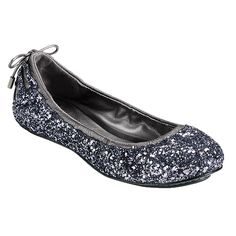 A great way to sparkle-up a preppy holiday outfit!