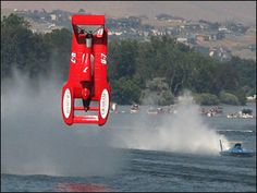 hydroplane boat accidents | Flipped hydroplane -- shows plan view of recent designs
