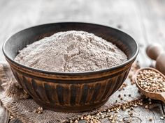 It's not the easiest task to find healthy flour substitutes, but there are definitely some good options out there if you feel like white flour is the enemy. Why Gluten Free, Gluten Free Muffins, Gluten Free Flour, Gluten Free Baking, Gluten Free Recipes, Tiramisu Sans Gluten, Sans Gluten Vegan, Buckwheat Pancake Mix, Buckwheat Muffins