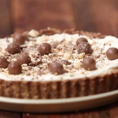 -Whopper Pie ~ Recipe Chocolatey, malty goodness isn't exclusive to just milkshakes and candy anymore. Baking Recipes, Cake Recipes, Dessert Recipes, Kolaci I Torte, Diy Food, Easy Desserts, Love Food, Sweet Recipes, Food To Make