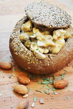 Broodje met kip en champignon ragout