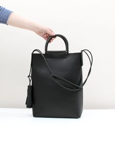 Building Block Should Strap Handle Bag - Black