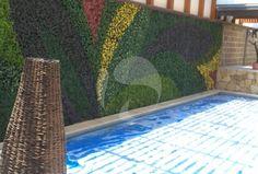 Muros Verdes en la Ciudad de Puebla. Contamos con follajes sintéticos capaces de crear un ambiente acogedor y cálido en interiores y exteriores.Follaje libre de mantenimiento.