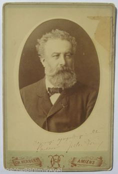 Jules-Verne-French-writer-old-original-photo-with-autograph-signed-Amiens-France