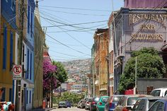 via Flickr. by StevenMiller ~ Cerro Concepcion in Valparaiso, Chile