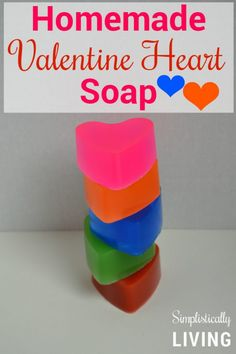Homemade Valentine Heart Soap, DIY Soap Recipe, How to Make Soap, How to Make Soap at Home, Valentine's Day Crafts Homemade Valentines, Valentine Day Crafts, Valentine Heart, Easy Arts And Crafts, Crafts For Kids, Simple Crafts, Free Printable Gift Tags, Home Made Soap, Cool Diy Projects