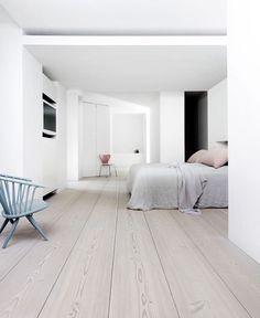 Linen, floors, minimal
