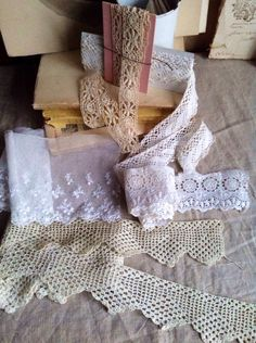 Antique Laces / Vintage Lace Trims Lace Remnants Needlepoint, Bobbin, Bedfordshire, Broderie Anglaise/ 5pc Vintage Wedding Bears Dolls by BrocanteArt on Etsy
