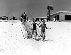 Running to the beach, Panama City Beach, Florida by stevesobczuk, via Flickr