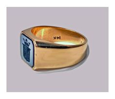For Sale on - Antique Gold Sardonyx Ring, Wonderful engraved coat of arms and coronet above, approximately mm square, plain polished gold taperd mount. Antique Rings, Antique Gold, Ring Bear, Jewelry Rings, Jewellery, Victorian Gold, Wax Seals, Signet Ring, Gentleman