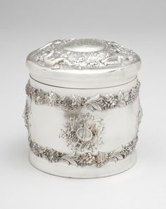 """Tiffany Sterling Silver Round Container with Lid ..a """"Powder Box""""."""