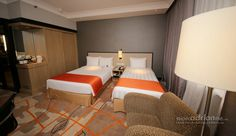 Holiday Inn Singapore Atrium - We love this bedding configuration allowing parents with a child to share the same room.