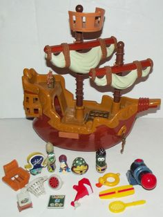 Veggie Tales Pirates Who Don't Do Anything Ship Boat Toy Characters Set Rare HTF
