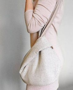 Got an idea: Japanese bag. I feel like you could ma.- Got an idea: Japanese bag. I feel like you could make this. Wa… Got an idea: Japanese bag. I feel like you could make this. Japanese Knot Bag, Japanese Bags, Origami Bag, Fabric Origami, Origami Patterns, Bag Pattern Free, Pattern Sewing, Pattern Fabric, Pattern Ideas