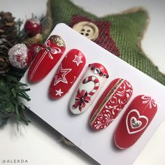 Christmas nail art idea Related posts: The cutest and festive Christmas nail designs to celebrate Christmas hairstyles for younger girls The cutest and festive Christmas … Xmas Nail Art, Cute Christmas Nails, Holiday Nail Art, Xmas Nails, Winter Nail Art, Halloween Nails, Winter Nails, Fun Nails, Christmas Glitter