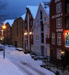 Trondheim during dusk, Norway | by Vol Ker U.