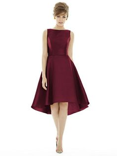 Alfred Sung Style D697 http://www.dessy.com/dresses/bridesmaid/d697/