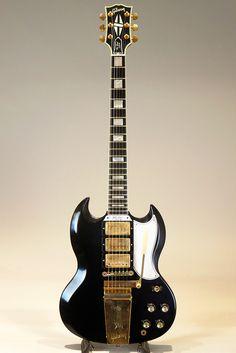 Gibson Custom Shop SG Custom Reissue 3 Pickups W / Maestro Vos Ebony 2016 for sale online Sg Guitar, Learn Guitar Chords, Bass Guitar Lessons, Guitar Scales, Music Guitar, Cool Guitar, Guitar Amp, Beginner Electric Guitar, Black Electric Guitar