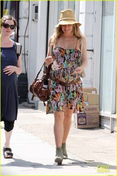 Sienna Miller pregnant