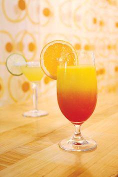 Passion Mimosa and Palm Beach's Freshest Margarita at The Ritz-Carlton Palm Beach. Photo by Diana C Ramirez