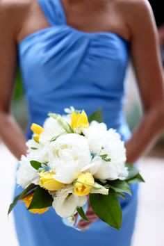 Wedding Boquets with blue and yellow | Classic Wedding at Biltmore - Belle the Magazine . The Wedding Blog ...
