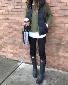 150 stunning outfits ideas to wear now – page 1 Casual Winter Outfits, Winter Fashion Outfits, Autumn Winter Fashion, Spring Outfits, Trendy Outfits, Cute Outfits, Fall Fashion, Vest Outfits For Women, French Fashion