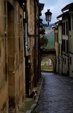 Street in Salinas de Léniz / Leintz Gatzaga, Gipuzkoa, Basque Country, Spain