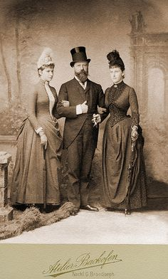 Grand Duke Louis IV of Hesse and by Rhine and his daughters Alix and Ella, 1881
