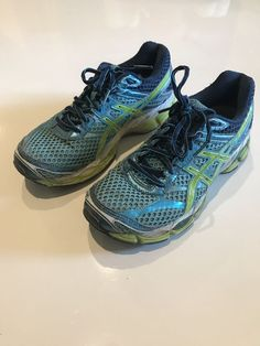 4e05c3290ffe Up for grabs is this Very Nice Asics Gel-Cumulus 16 Running Shoes.