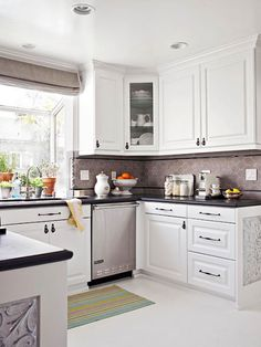 2013 White Kitchen Decorating Ideas from BHG