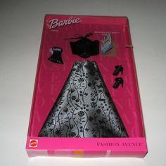 NOS Fashion Avenue Barbie NRFB Broadway Premiere  2001 Barbie Outfit #Mattel