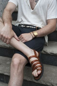 Leather Hand made Gladiator Sandals for Men and Women-Color Male Fashion Trends, Mens Fashion Blog, Fashion Week, Mode Normal, Stylish Men, Leather Men, Soft Leather, Brown Leather, What To Wear
