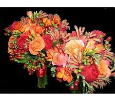 Rich in texture and color.  This was absolutely radiant on the fall wedding day...just perfect for the setting and time of year.  Blooms & Heirlooms, Kennebunk