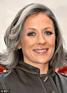 #Farbbberatung #Stilberatung #Farbenreich mit www.farben-reich.com Grey and silver hair - Google Search
