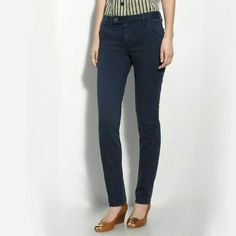 """Tory Burch Super Skinny Tab Front Jeans, Size 25! TORY BURCH SUPER SKINNY TAB FRONT JEANS IN WASHED TORY NAVY, Size 25. Excellent used condition, no stains or rips. Smoke free home. Style 21111209, Made of 98% cotton and 2% spandex. A logo button fastens the tab front of deep-blue stretch jeans with an ultra-lean fit. Zip fly with button-tab closure. Four-pocket style. Approx. inseam: 34"""" with 13"""" leg opening. Approx. rise: front 8 1/2""""; back 13"""". Cotton/spandex; machine wash. Tory Burch…"""