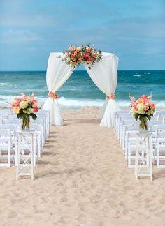 50 Beach Wedding Aisle Decoration Ideas | Pinterest | Punta cana ...