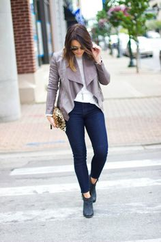 How to style a leather jacket for fall, LOFT Jeans, ALDO Booties, Kendra Scott Jewelry