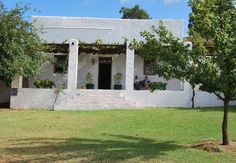 Guest Farms - Audrey's Vineyard Cottage & Homestead in Worcester, Western Cape, South Africa