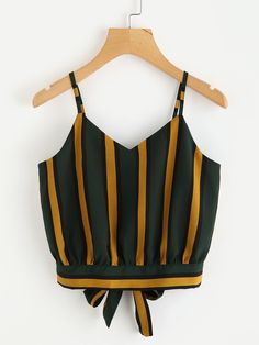 Shop Striped Split Tie Back Crop Cami Top online. SHEIN offers Striped Split Tie Back Crop Cami Top & more to fit your fashionable needs. Striped Cami Tops, Bow Crop Tops, Cami Crop Top, Striped Tank, Jeans Und Sneakers, Mode Grunge, Plus Size Tank Tops, Summer Tank Tops, Summer Shorts