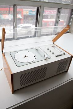 "A 1950s Braun SK4 record player, or more commonly known as ""Snow white's coffin"". I'd love to have one of these.... Purely for the looks...."