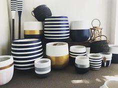 Tire Furniture, Home Decor Furniture, Diy Home Decor, Vase Crafts, Cement Crafts, Pots D'argile, Painted Plant Pots, Decorated Flower Pots, Pottery Painting Designs