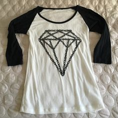 NWOT Foreign exchange diamond 3/4 sleeve top New never worn. Foreign exchange. Size large. Black & white diamond chain 3/4 sleeve top. Great for layering or worn alone! Semi sheer white last pic is back of shirt. Classic top can be worn year round  15% off bundle of 2+ items  Foreign Exchange Tops Blouses