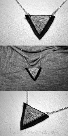 Collier triangle minimaliste