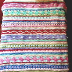Crochet blanket, I wish I was a skilled crocheter I totally want this for the baby!! :(