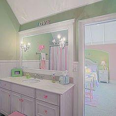 Girl Bathroom Design