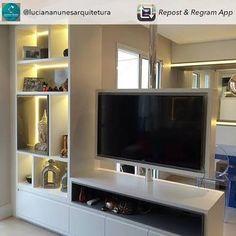 Resultado de imagen para salas de estar com tv giratoria