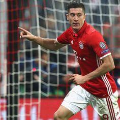 Robert Lewandowski's agent cools talk of new Bayern Munich contract