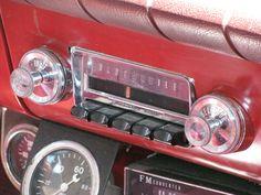 "1962 #Oldsmobile F-85 Cutlass ""Transistor Radio""  More  at http://www.carsandracingstuff.com/library/f/f-85.php"
