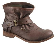 Official Cat Footwear Site - Shop womens steel toe boots & shoes, built for durability and saftey when you need it most. Steel Toe Boots Women, Caterpillar Boots, Shoe Boots, Shoes, Footwear, My Style, How To Wear, Stuff To Buy, Accessories